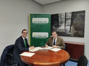Firma del convenio entre la Expiración y la Fundación Caja Rural de Jaén